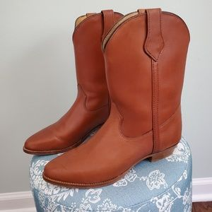 FRYE Mid Calf Cowgirl Boots